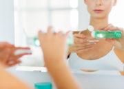しわやたるみを改善する化粧品は本当に効果がある?