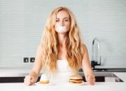 健康食品でお手軽ダイエット。体への影響は大丈夫?